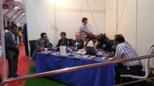 Entrevistas stand Onda Cero