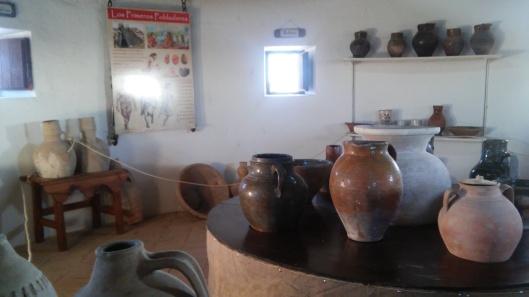 Exposición alfarería antigua en molino Goethe